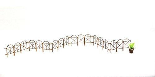 Rusty Folding Miniature Wire Fence
