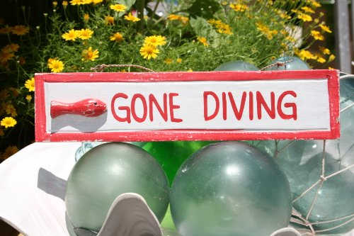 GONE DIVING NAUTICAL SIGN 12 RED - BEACH DECOR