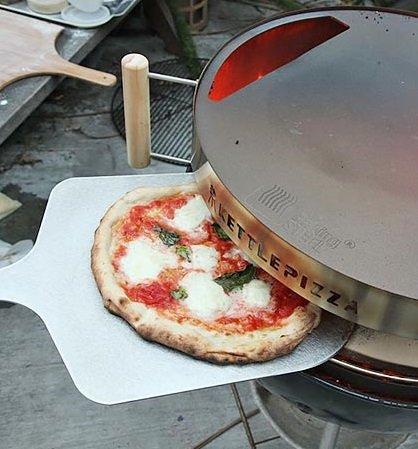 Kettlepizza Baking Steel - Steel Skilletlid For 225&quot Kettle Grills