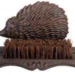 Esschert-Design-Boot-Brush-Hedgehog12.jpg